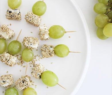 brochette raisins roquefort