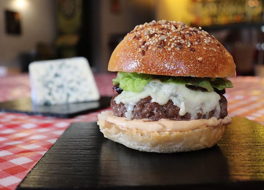 burger sauce roquefort